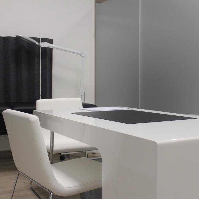Interior de la clínica - consulta